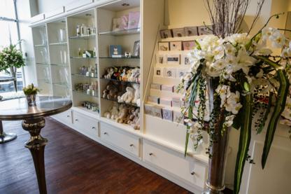 Le Rouge Fleuriste et Cadeaux - Florists & Flower Shops - 514-336-6222