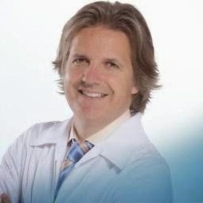 Uniprix Clinique Vermette et Bergeron - Pharmacie affiliée - Pharmacists - 418-651-0908