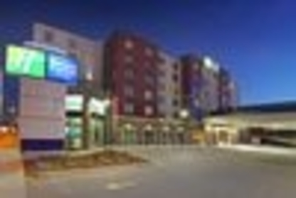 Holiday Inn Express & Suites Calgary NW - University Area - Hotels