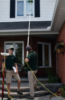 Russell Ontario Window Cleaning - Window Cleaning Service - 613-889-3070