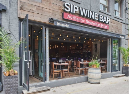 Sip Wine Bar - Pizza et pizzérias - 647-748-7101