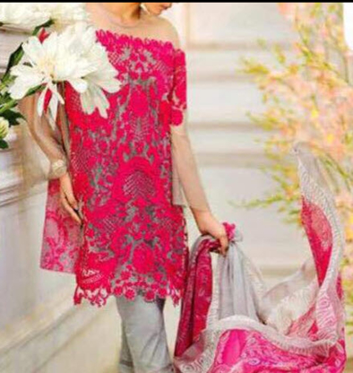 Varisha's Boutique - Fashion Designers - 780-975-6226