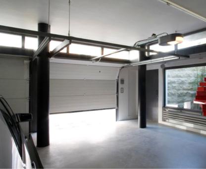 Portes de Garage Mcrae - Overhead & Garage Doors