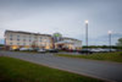 Holiday Inn Express Stellarton-New Glascow - Hôtels - 1-877-654-0228