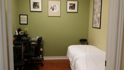 Yakson Touch - Acupuncturists - 905-303-3011