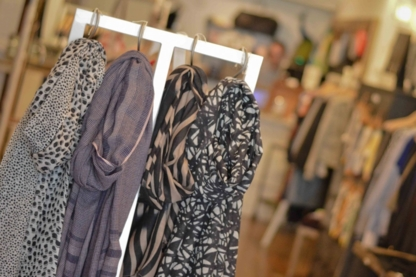 Canon Blanc - Women's Clothing Stores - 647-346-5060