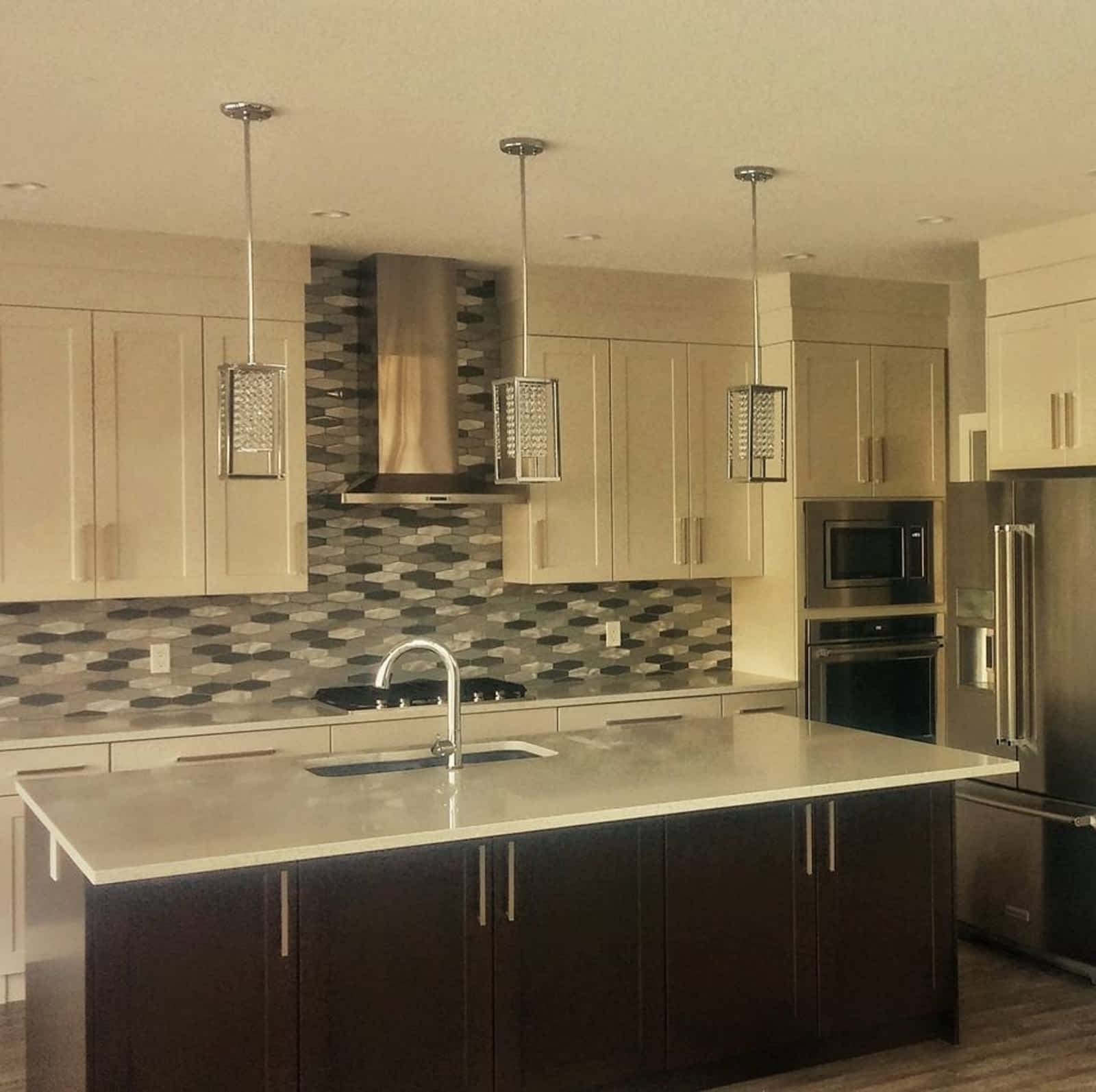 designs remodel island and inc countertops using quartz lowes kitchen marble costco countertop honed with a cabinets