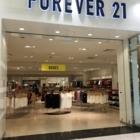 Forever 21 - Magasins de vêtements pour femmes - 450-671-6666