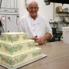 Notte's Bon Ton Pastry - Bakeries - 604-681-3058