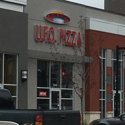 UFO Pizza & Donair - Restaurants italiens - 780-660-6066