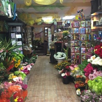Le Marché Aux Fleurs Du Village  - Florists & Flower Shops