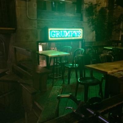 Grumpy's - Pubs