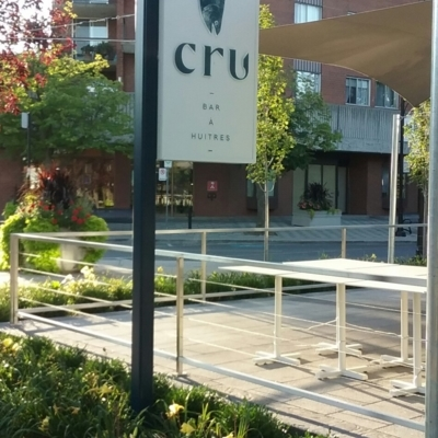 Restaurant Cru - Restaurants - 450-671-8278