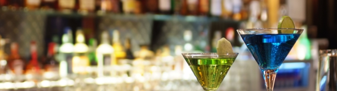 Mix it up at these unique cocktail bars in Toronto