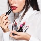Laurieanne Viau, Représentante indépendante Avon - Cosmetics & Perfumes Stores - 819-439-4747