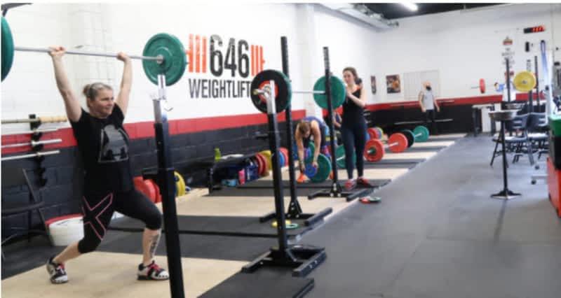 photo 646 Weightlifting Gym