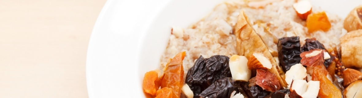 Vancouver breakfast spots for tasty oatmeal bowls