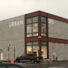 Urban Outfitters - Boutiques - 450-656-1197