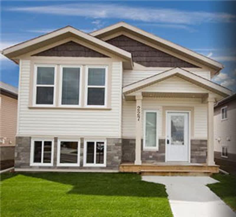 Blackstone homes enterprise nt 424 gateway dr canpages for Modular fourplex