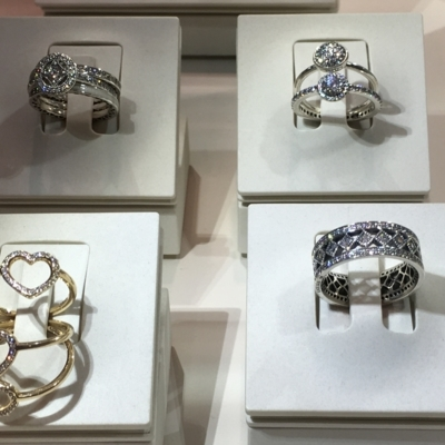 Pandora - Jewellers & Jewellery Stores - 450-500-1233