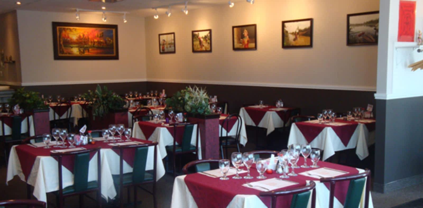 Restaurant Khemara - Menu, Horaire et Prix - 20, boul Henri