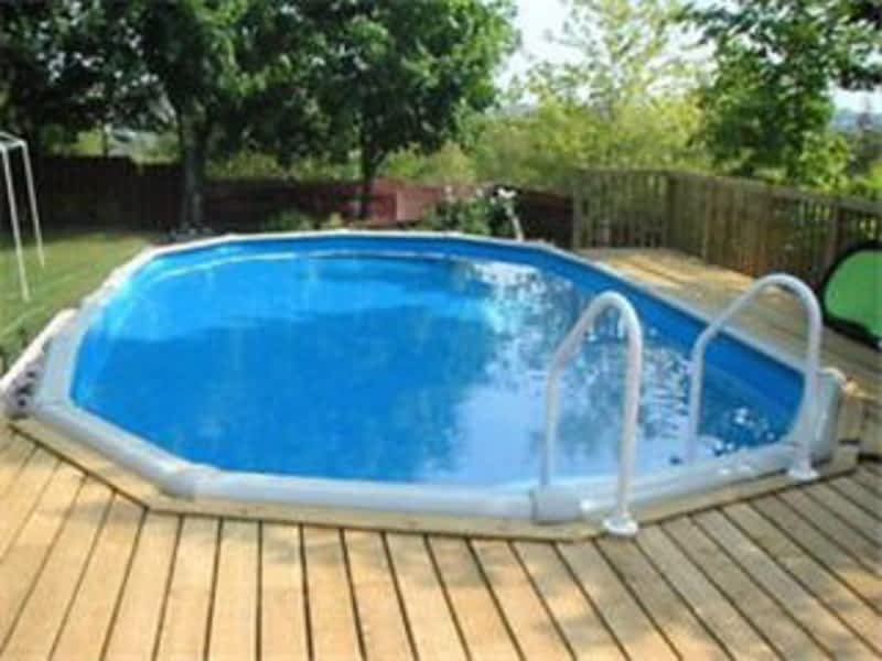 Aquacade pools and spas ltd sudbury on 1099 falconbridge rd canpages for Swimming pool supplies vancouver