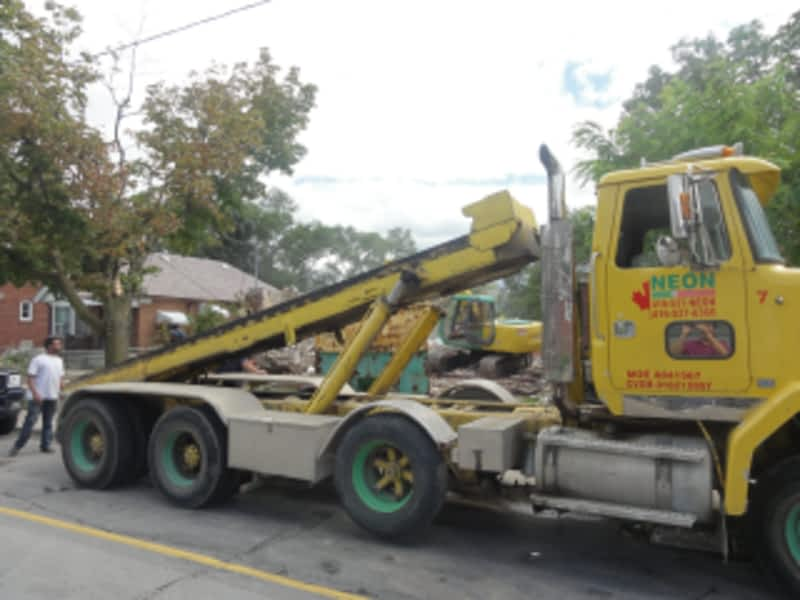photo Neon Disposal Ltd