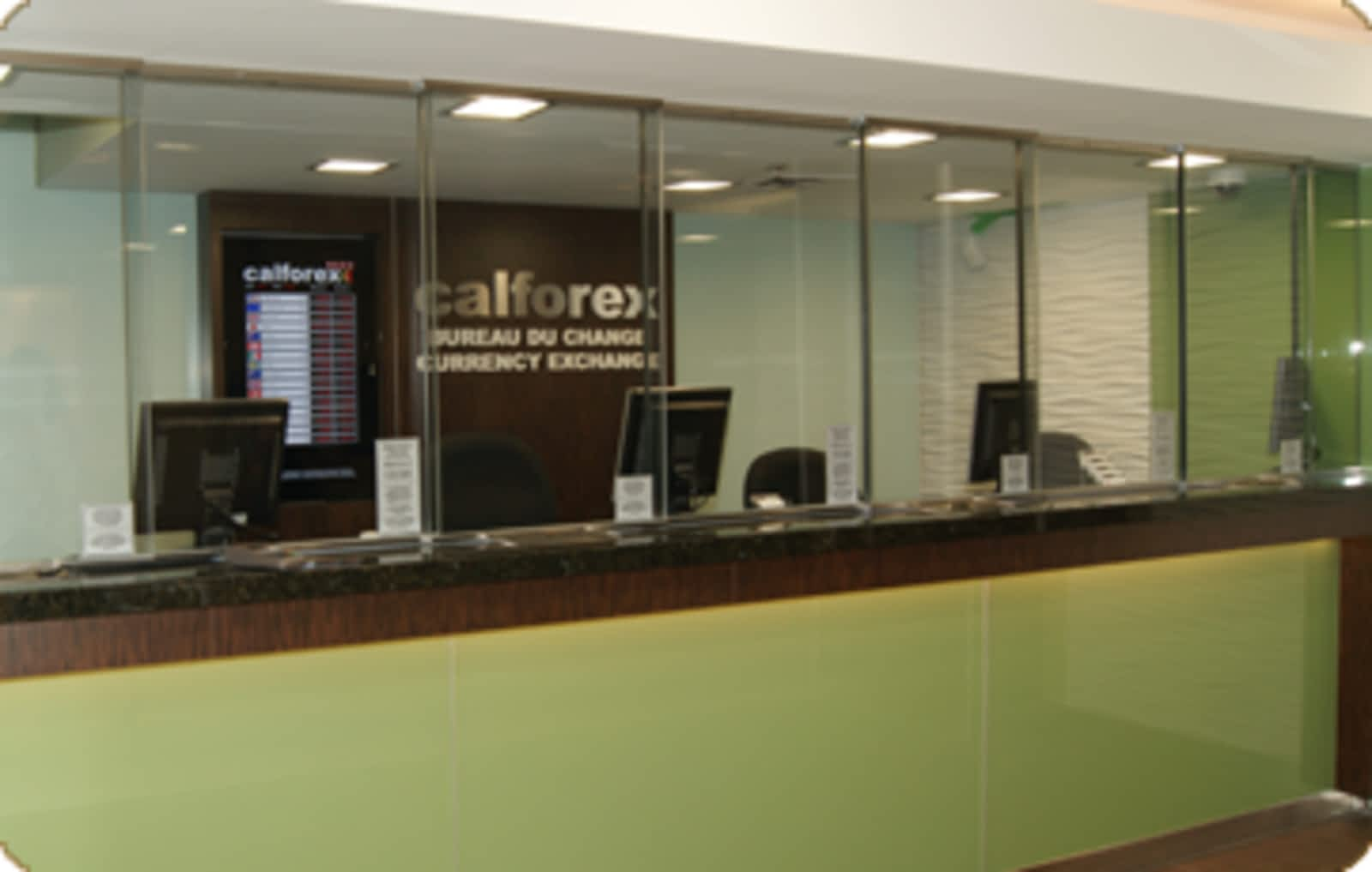 Calforex currency exchange opening hours 322 50 rideau st