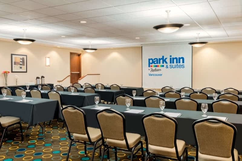 photo Park Inn & Suites by Radisson Vancouver, BC
