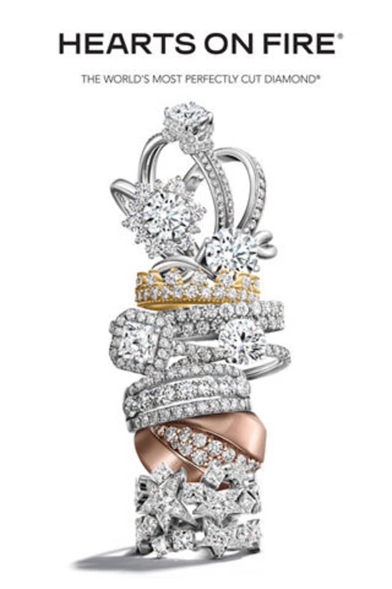 Welcome to London Gold, home of Arizona's finest and largest collection of diamond engagement rings, certified GIA diamonds, earrings, diamond rings, gemstones, gold and platinum fine and fashion jewelry.