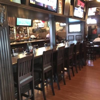 Hudsons Tap House - Pub - 403-942-7999
