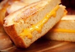 Must-try grilled cheese joints in Quebec City