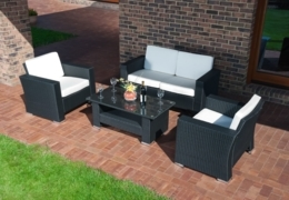 Find outer beauty at these Calgary patio furniture stores