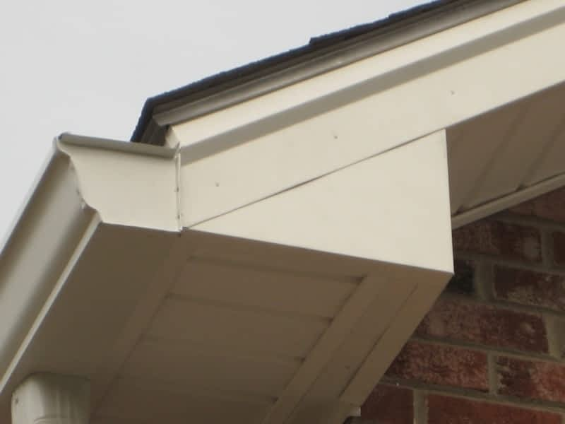 photo South Peak Roofing & Exteriors