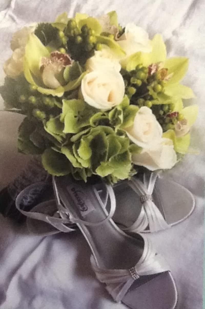 Dutch touch florist calgary ab 142 9919 fairmount dr se canpages photo dutch touch florist izmirmasajfo