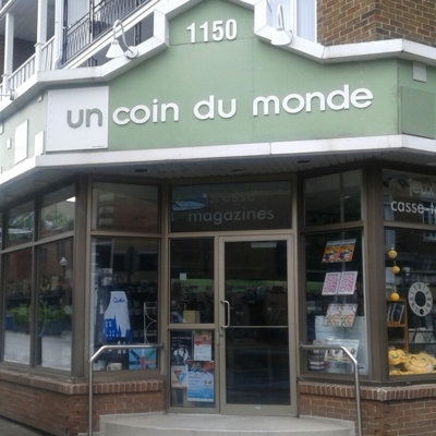 Un Coin Du Monde - Magazine Dealers - 418-648-1562