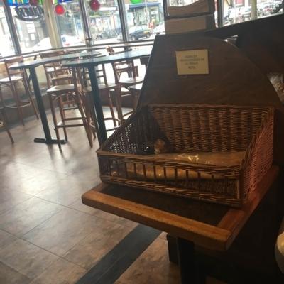 Boîte A Pain Café Napoli - Pizza & Pizzerias