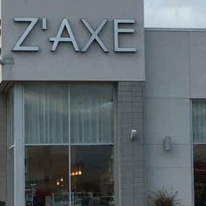 Carrefour Laval: le quart des noms de magasins est en anglais