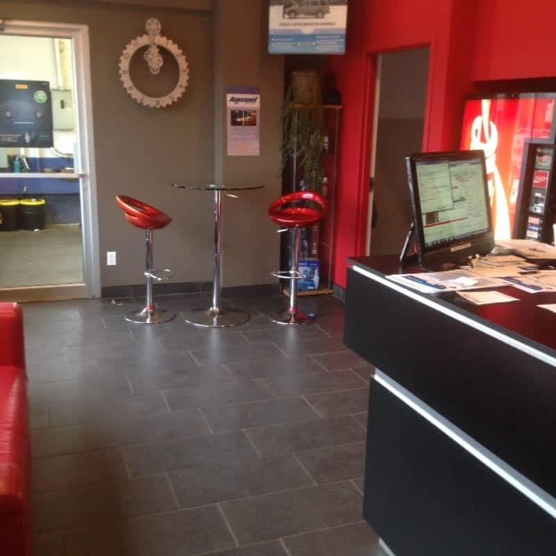 Centre silvauto inc montr al qc 3921 rue de rouen for 98 degrees tanning salon scarborough
