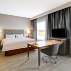 Hampton Inn & Suites by Hilton Grande Prairie - Hotels - 780-538-0722