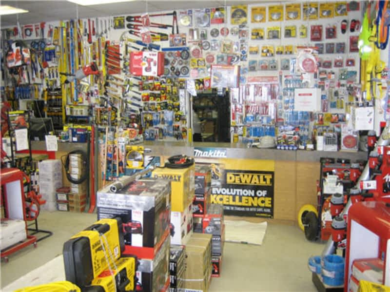 Mississauga Hardware Centre Inc Mississauga On 1270 Eglinton Ave E Canpages