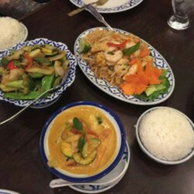 Royal Orchard Thai Cuisine - Thai Restaurants - 905-709-1399