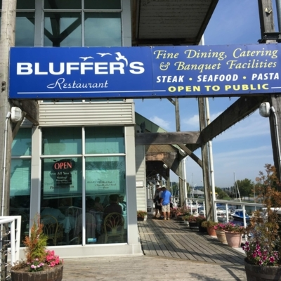 Bluffers Restaurant & Banquet Facilities - Restaurants - 416-264-2338