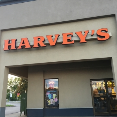 Harvey's - Restaurants - 905-471-8448