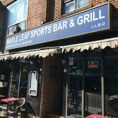 Maple Leaf Bar - Pubs