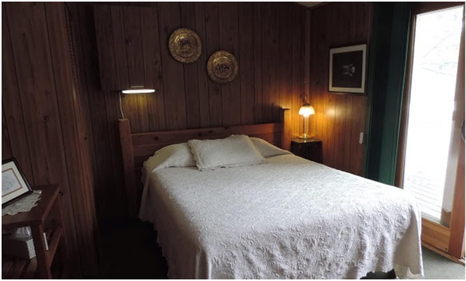 Inverness Falls Resort - Opening Hours - Whiteshell Park