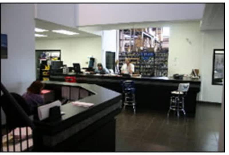 photo Francis Canada Truck Centre Inc