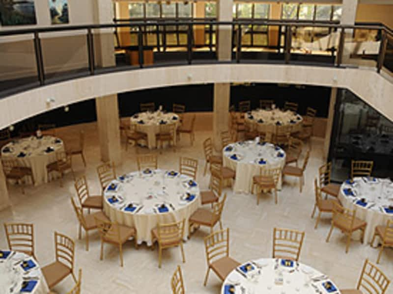 photo Columbus Centre