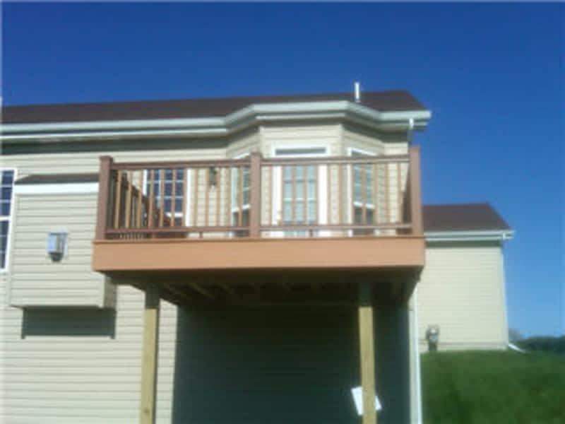 photo The Handyman / White's Fences & Decks