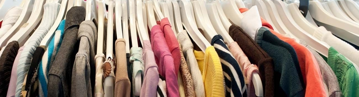 Second-hand clothing:  beautiful, good and inexpensive